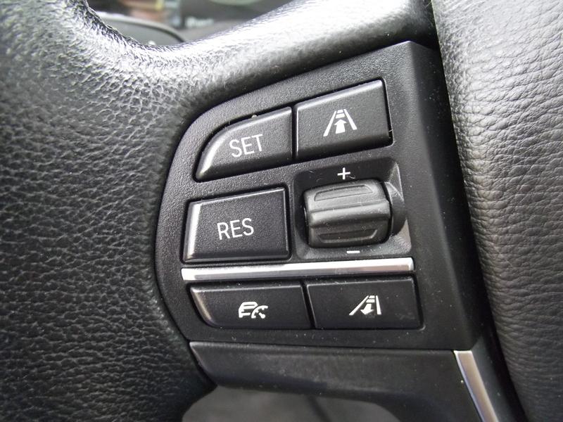 Control de velocidad adaptativo de un BMW X3